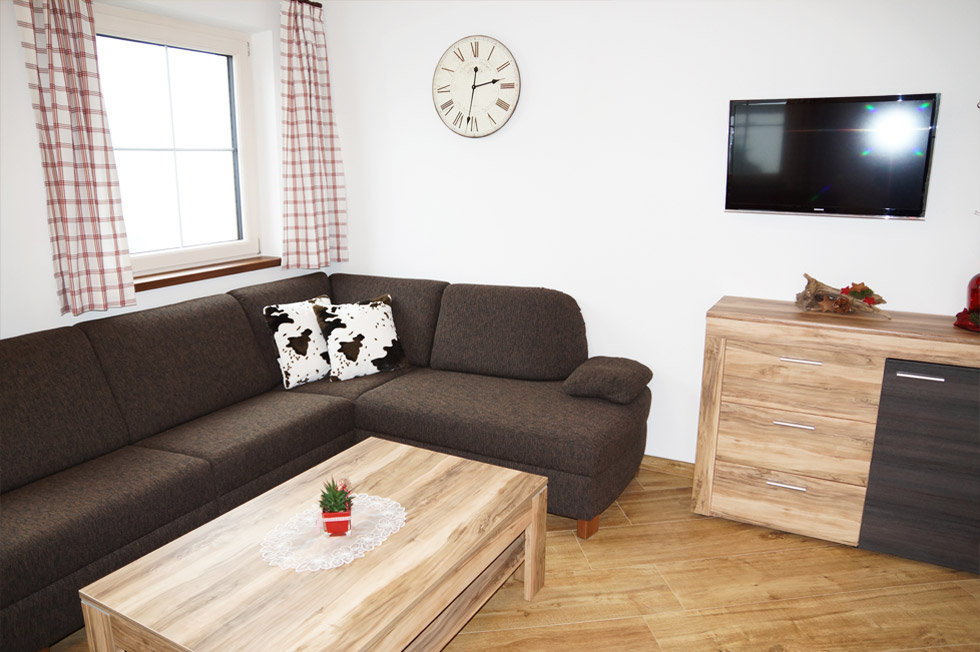 Appartement-Ellmau-Wohnzimmer-2